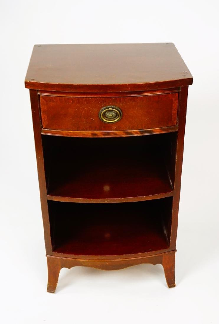 MAHOGANY ONE DRAWER NIGHT STAND