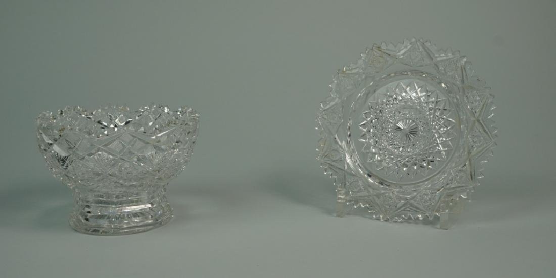 2pcs ASSORTED CUT CRYSTAL