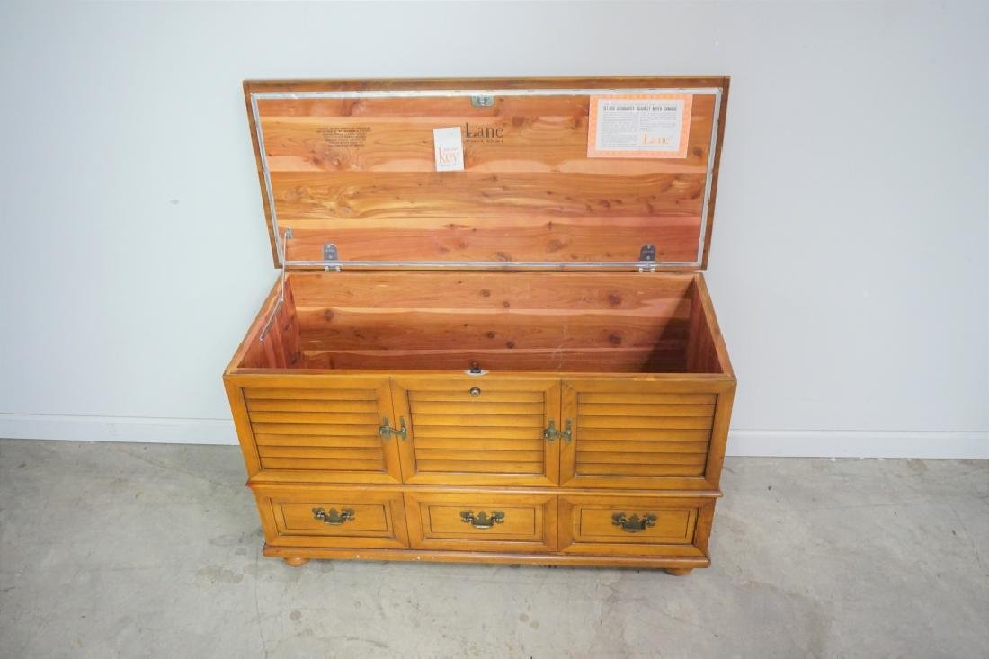 MAPLE LANE CEDAR CHEST