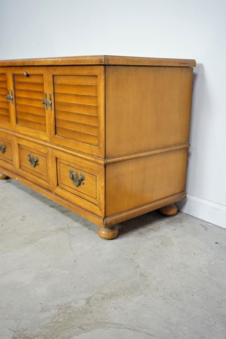 MAPLE LANE CEDAR CHEST - 7