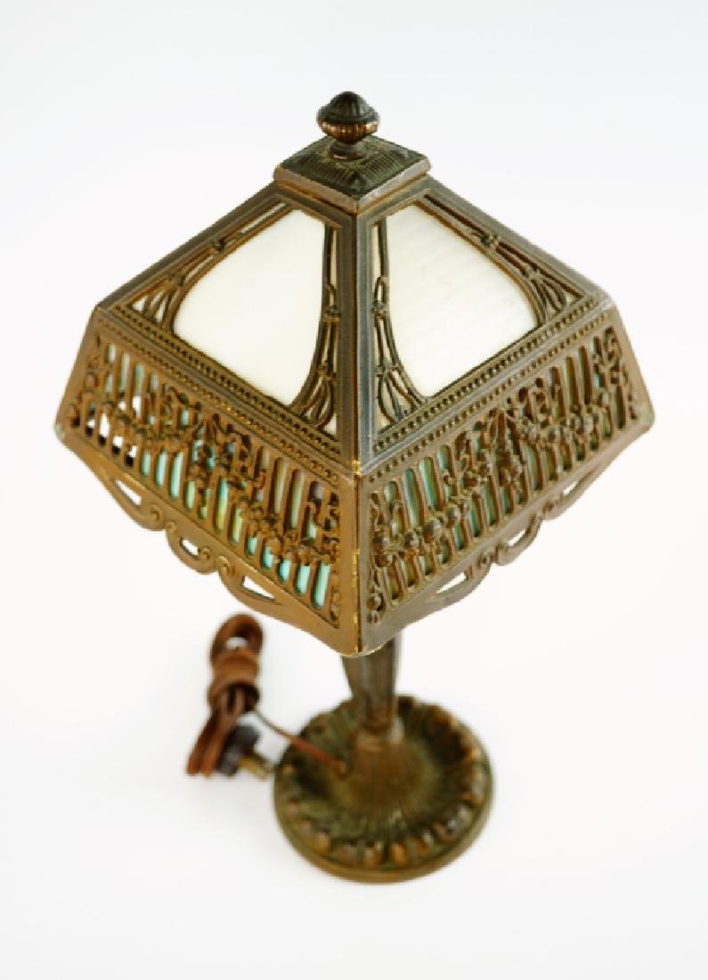 TABLE LAMP WITH LEADED GLASS SHADE - 2