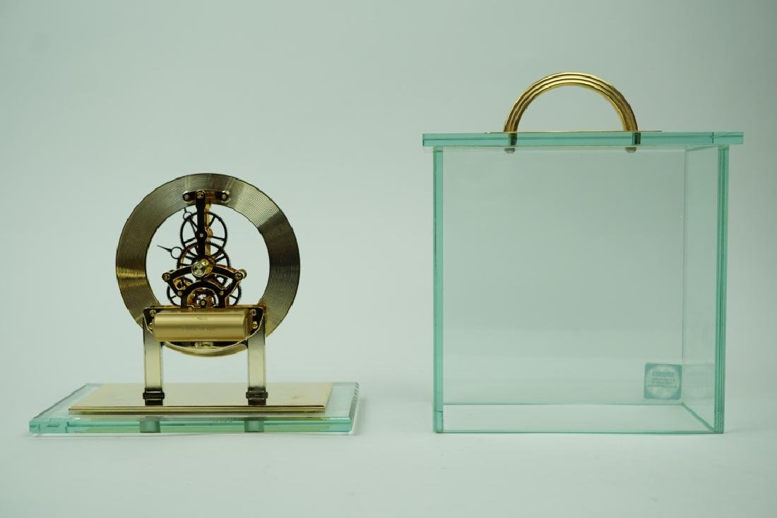 VINTAGE SEIKO BRASS AND GLASS MANTLE CLOCK - 4