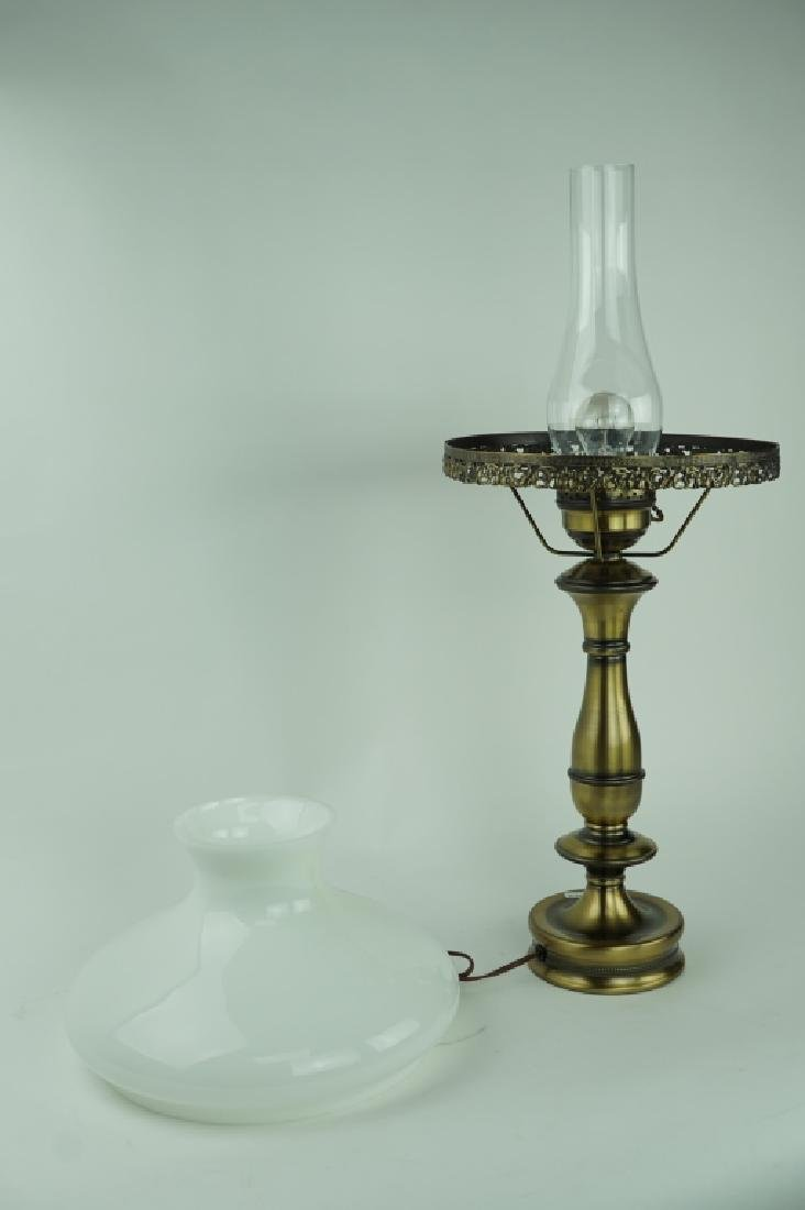 OIL LAMP STYLE TABLE LAMP - 3