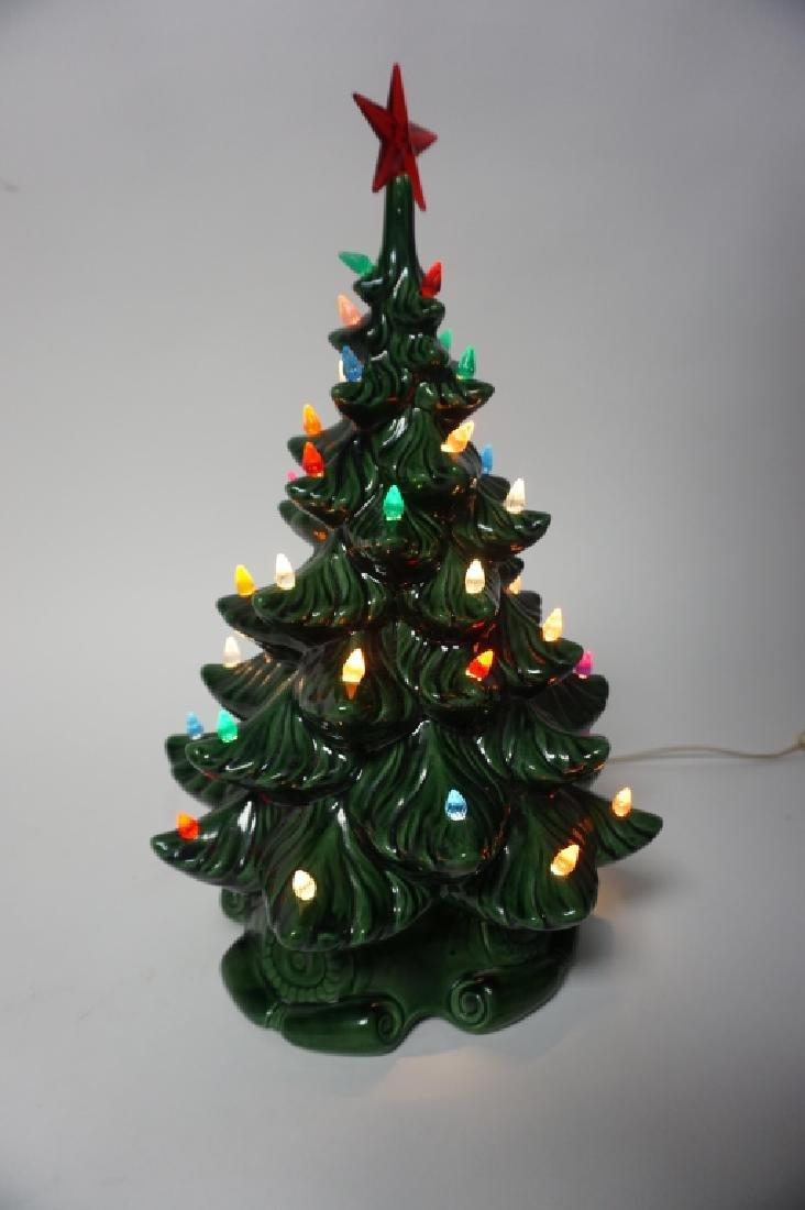 VINTAGE CERAMIC CHRISTMAS TREE - 3