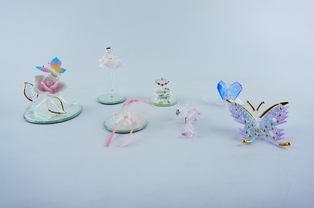 (7) ASSORTED CRYSTAL FIGURINES