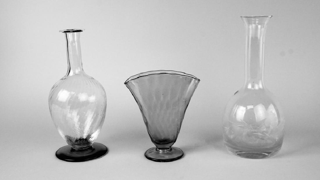 3pcs ASSORTED ART GLASS - 3