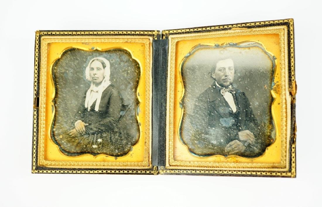 ANTIQUE DAGUERREOTYPE CASE WITH (2) PHOTOS