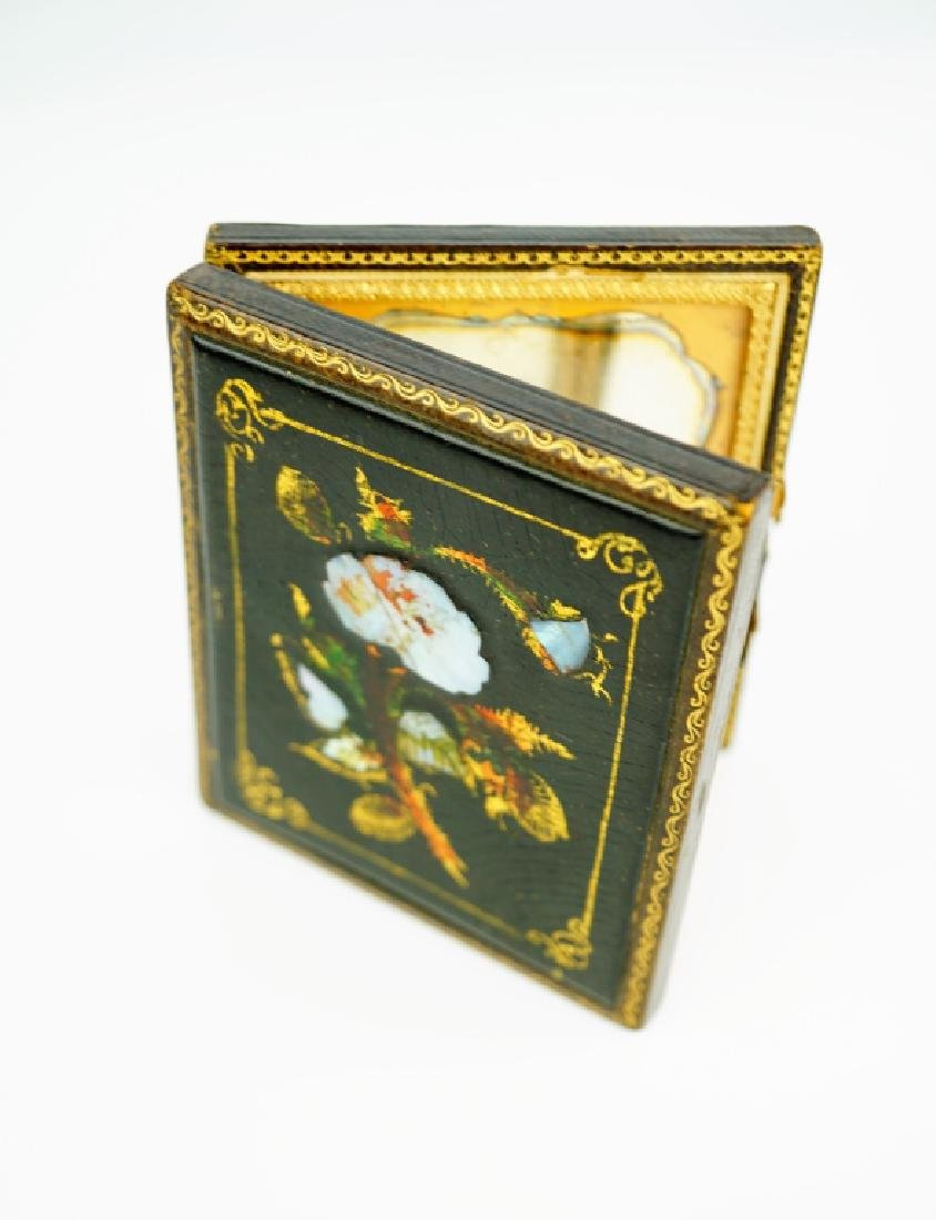 ANTIQUE DAGUERREOTYPE CASE WITH (2) PHOTOS - 3