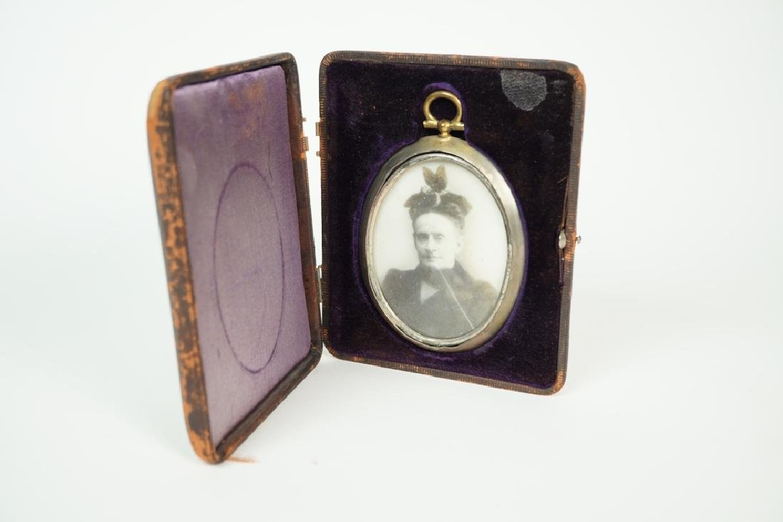 ANTIQUE PHOTOGRAPH ON PORCELAIN