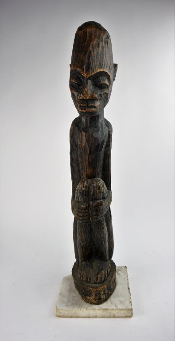 ANTIQUE CARVED WOOD AFRICAN STATUE