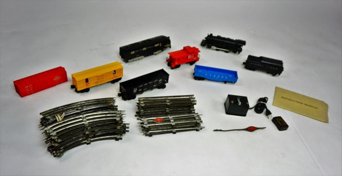 ASSORTED O GAUGE TRAIN CARS & TRACK - 7