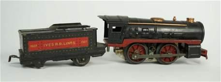 2 VINTAGE LIONEL IVES O GAUGE TRAIN CARS