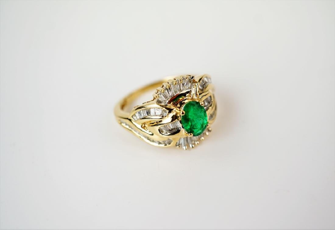 10K YELLOW GOLD EMERALD & DIAMOND RING