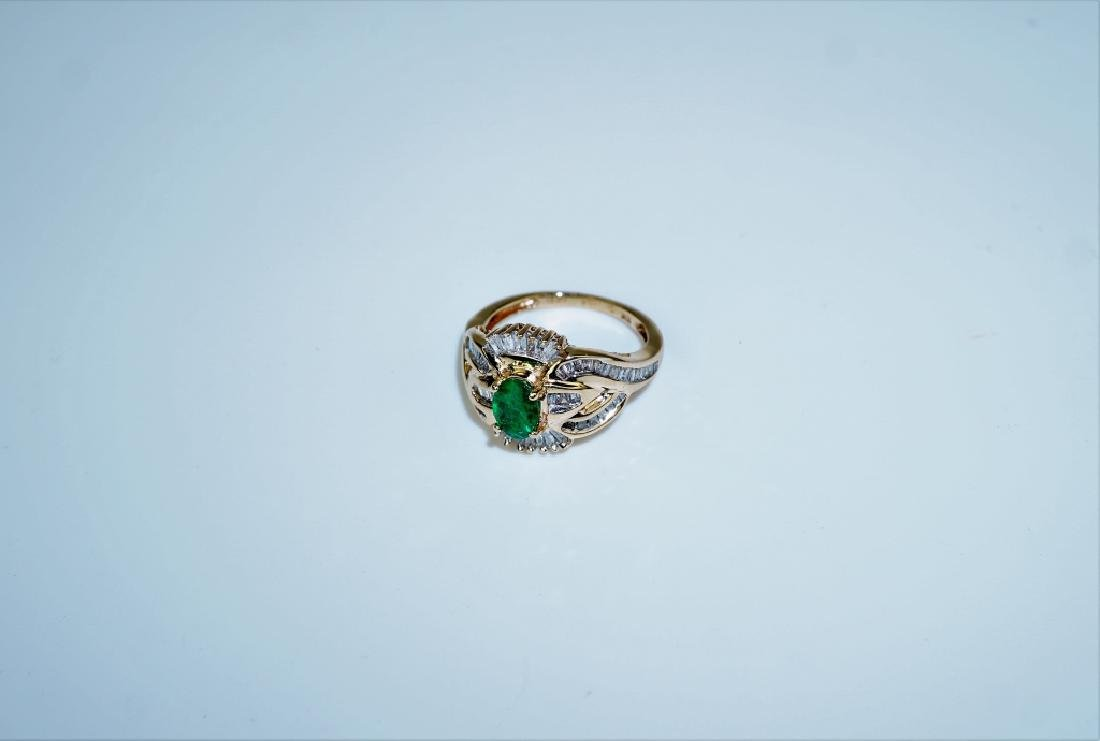 10K YELLOW GOLD EMERALD & DIAMOND RING - 5
