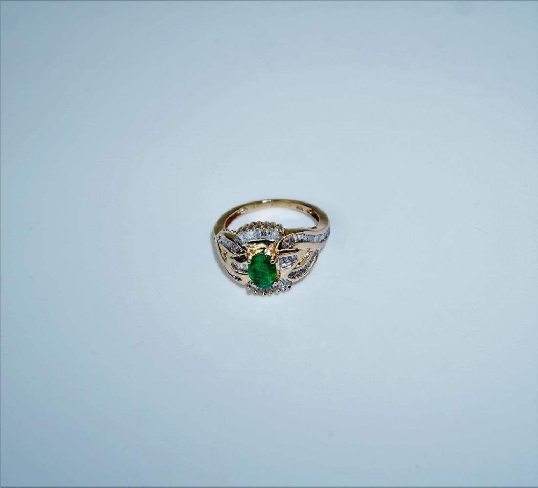 10K YELLOW GOLD EMERALD & DIAMOND RING - 6