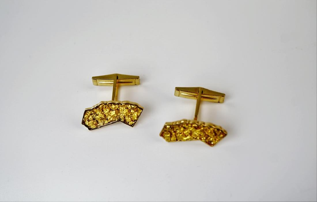 PAIR 14K YELLOW GOLD CALIFORNIA SHAPED CUFFLINKS