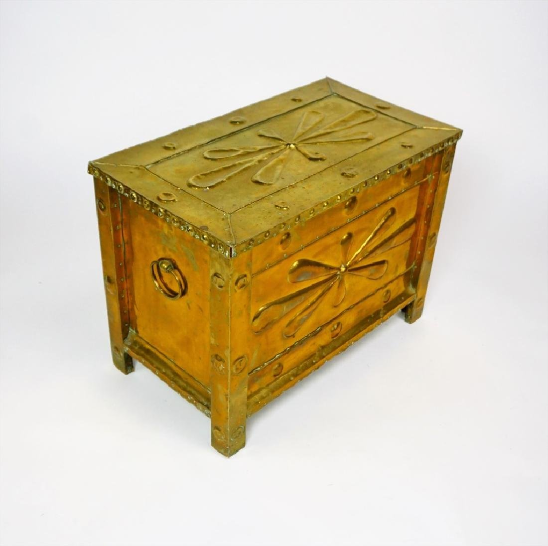 BRASS CLAD KINDLING BOX ANTIUQE - 7