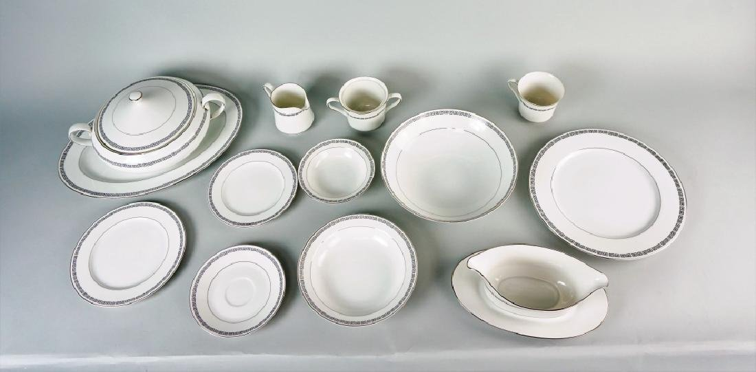 85pc CROWN EMPIRE CHINA MARQUIS DINNER SERVICE - 7
