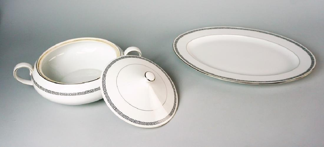 85pc CROWN EMPIRE CHINA MARQUIS DINNER SERVICE - 9