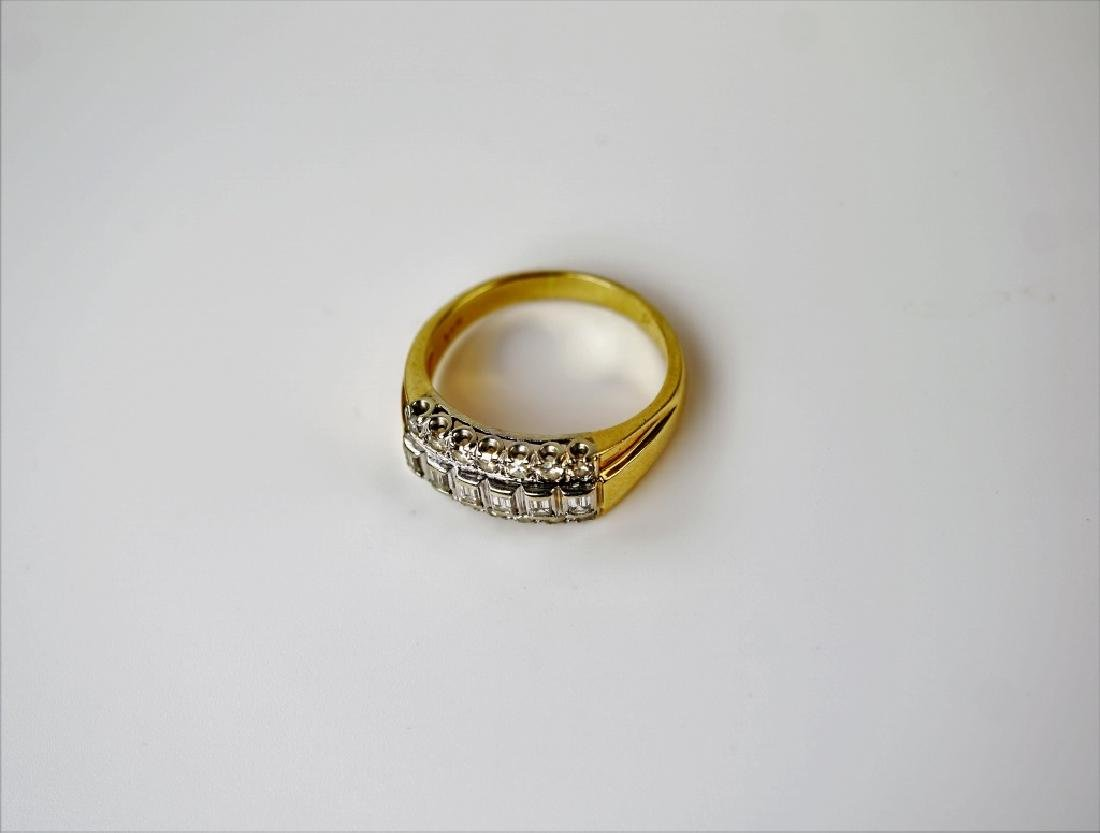 14K GOLD AND DIAMOND FASHION RING