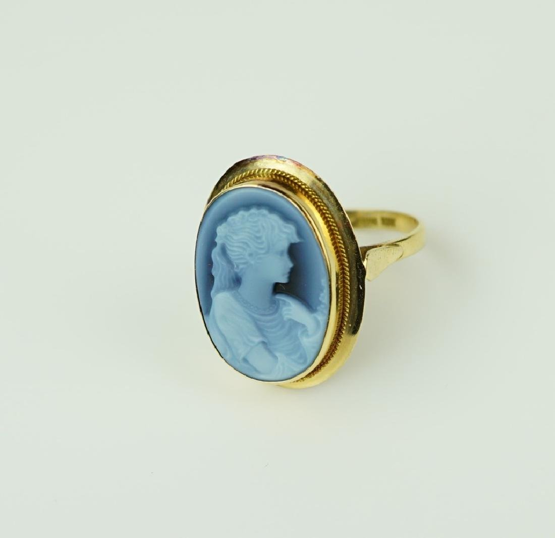 14K YELLOW GOLD AGATE CAMEO RING