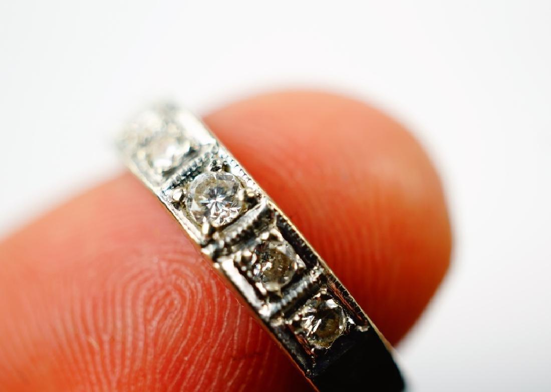 14K WHITE GOLD & DIAMOND DECO RING - 5