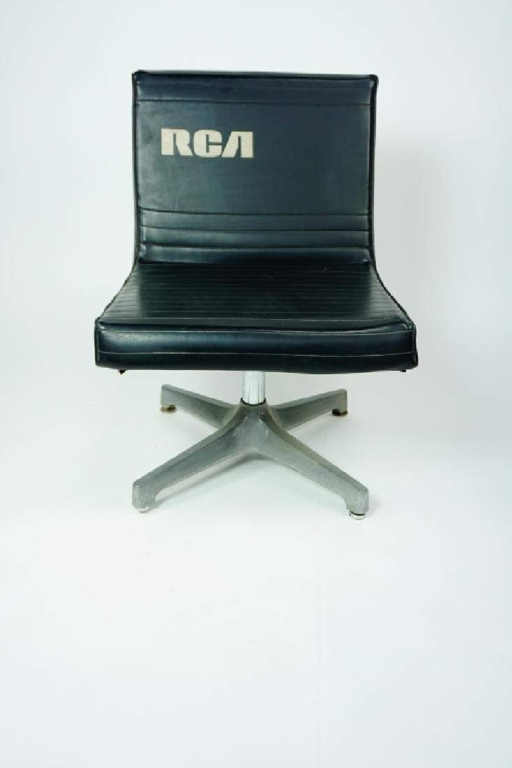 RCA BLACK VINYL CHAIR - 5