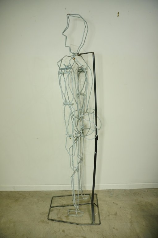 (2) FREE FORM WIRE MANNEQUINS ON STANDS - 10