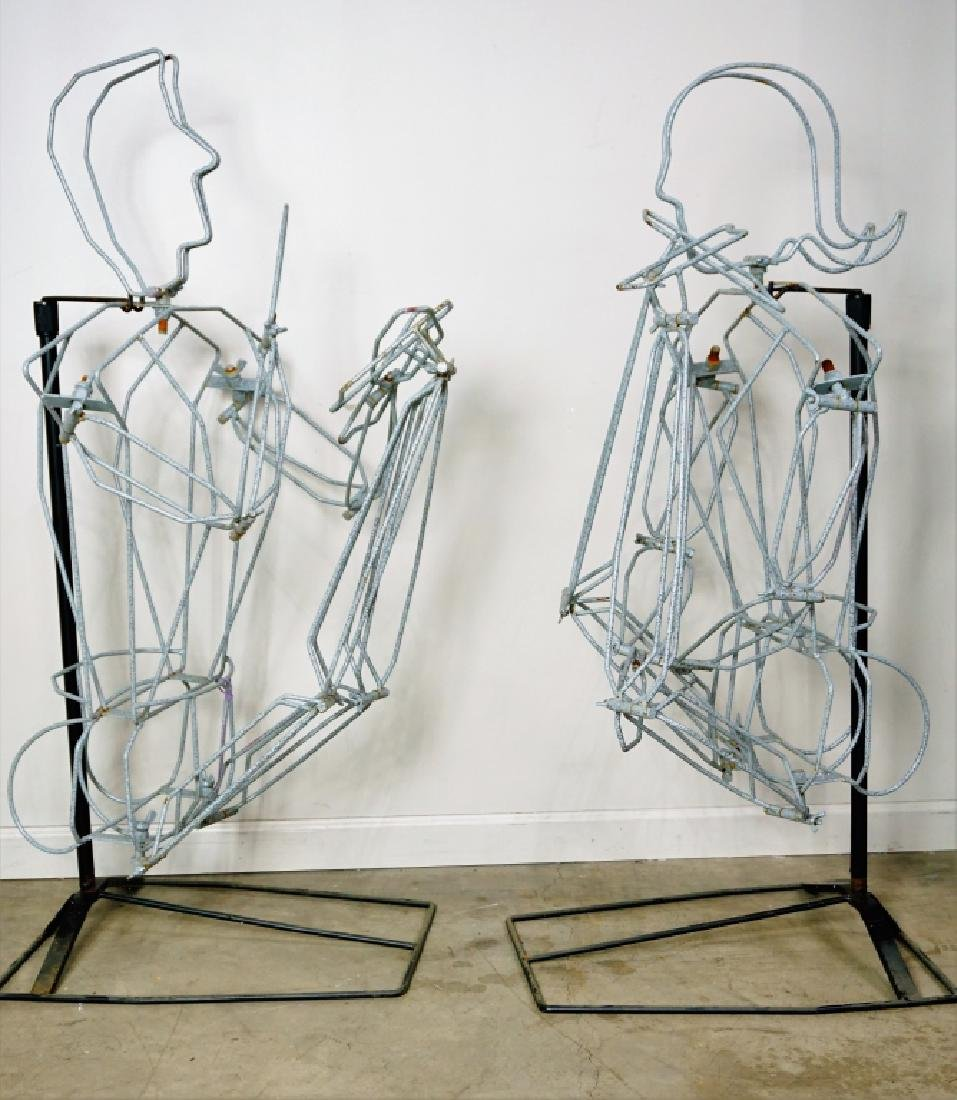 (2) FREE FORM WIRE MANNEQUINS ON STANDS - 2