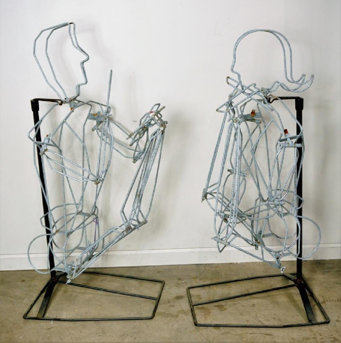 (2) FREE FORM WIRE MANNEQUINS ON STANDS - 3
