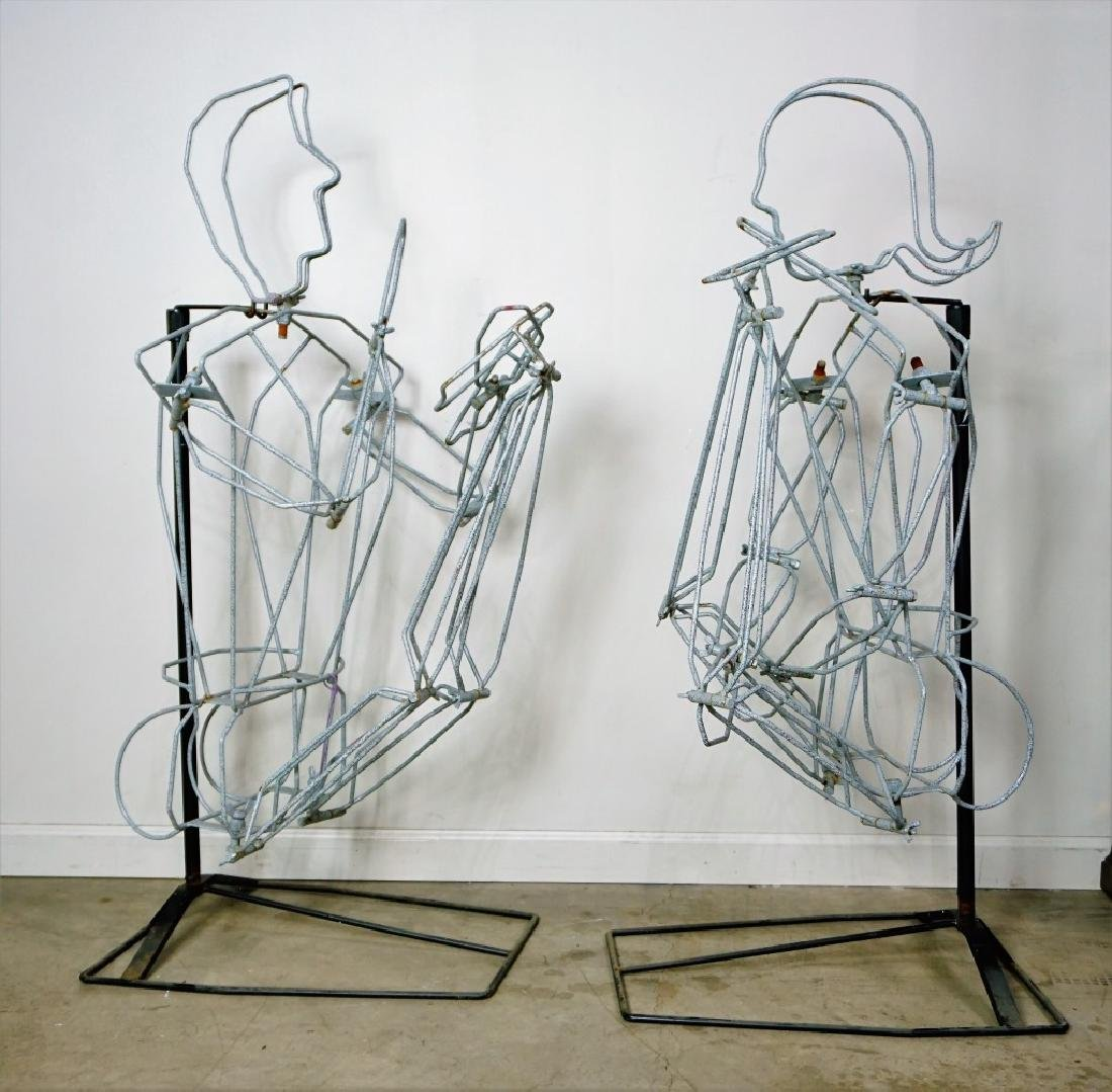(2) FREE FORM WIRE MANNEQUINS ON STANDS - 4