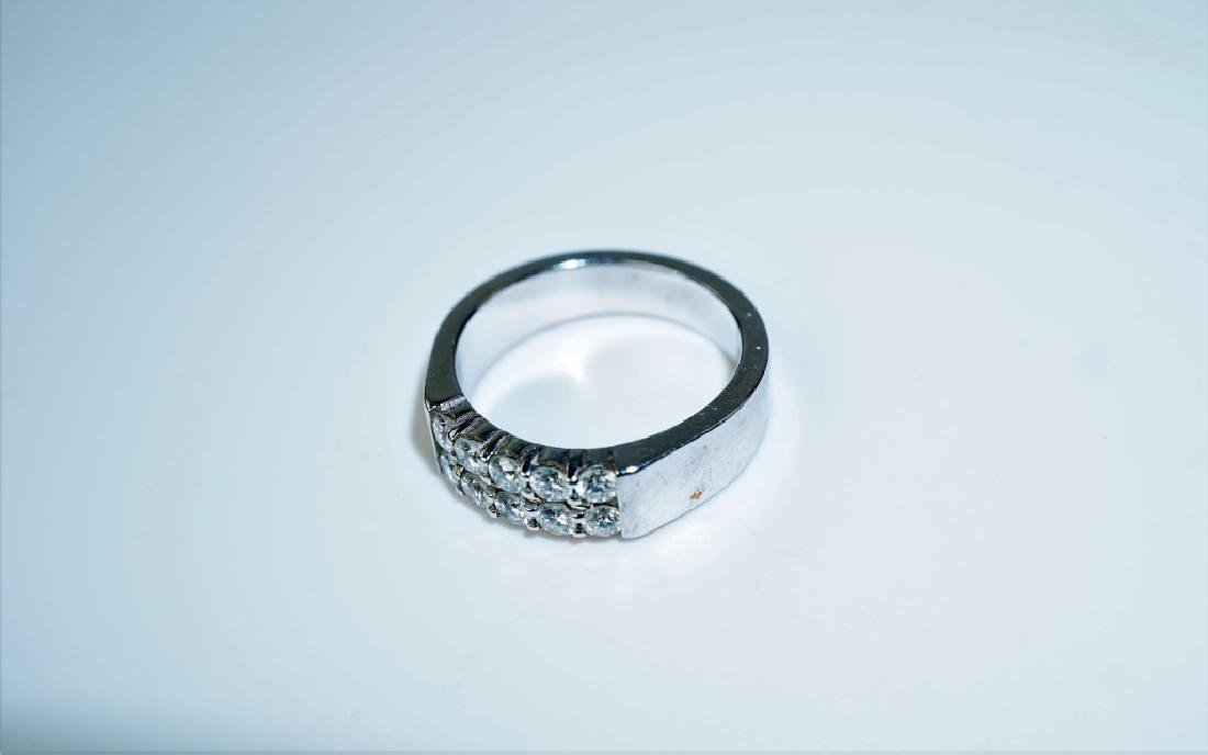 14K WHITE GOLD AND DIAMOND FASHION RING - 3