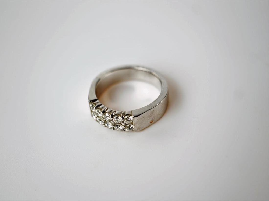 14K WHITE GOLD AND DIAMOND FASHION RING - 4
