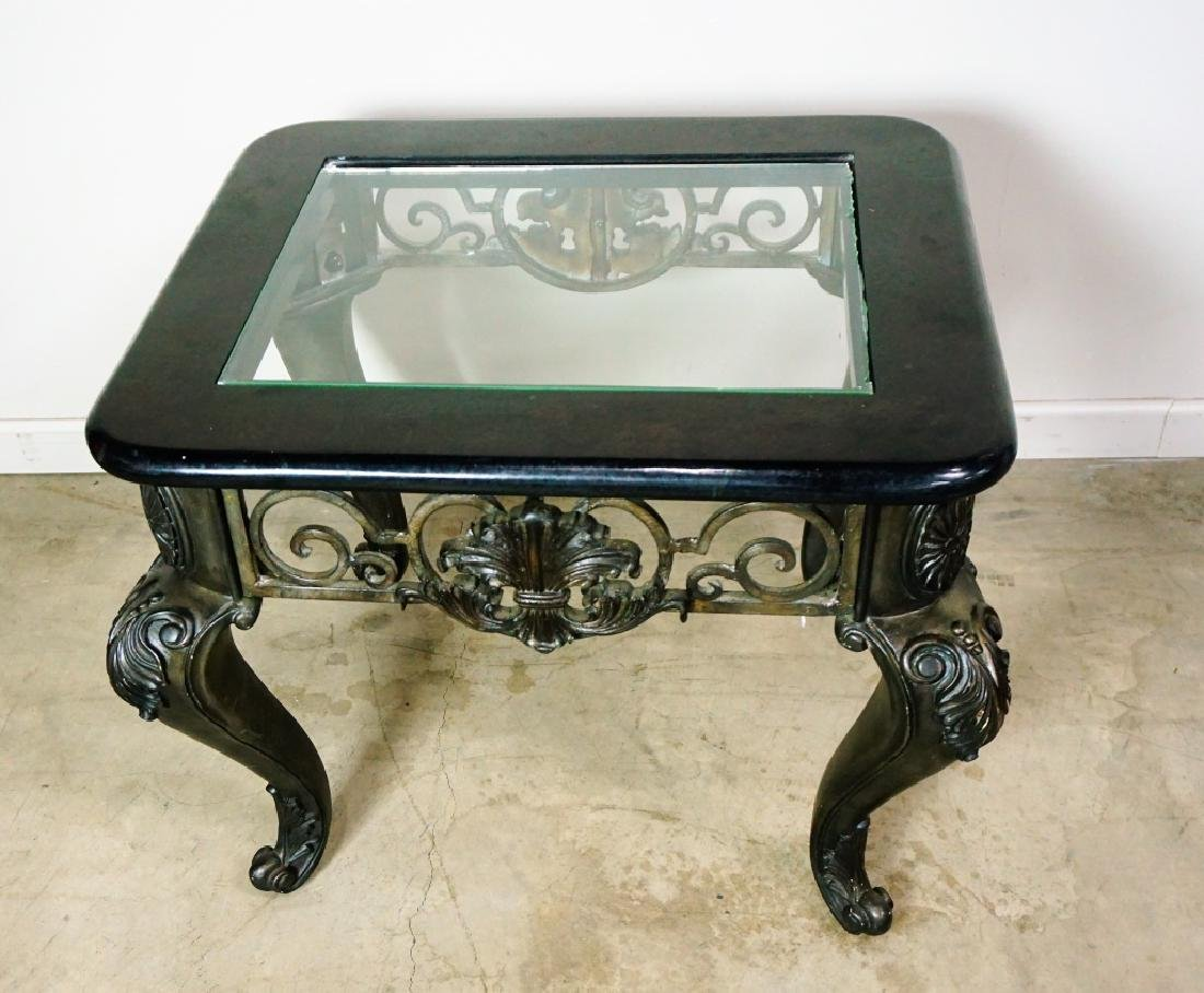 MODERN END TABLE WITH GLASS TOP