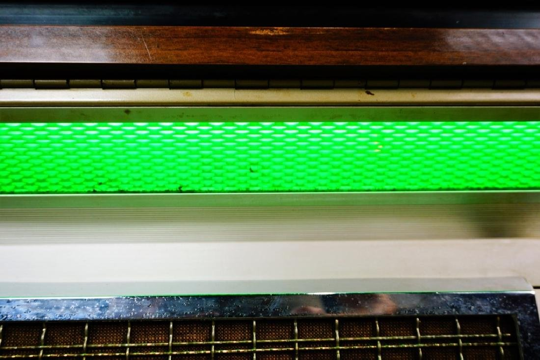 SEEBURG STEREO MODEL LPC-1R CONSOLE JUKEBOX - 4