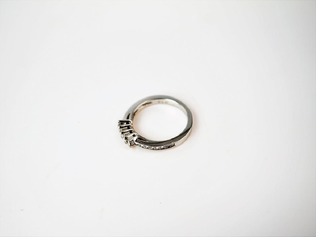 14K WHITE GOLD & DIAMOND BAND RING - 4