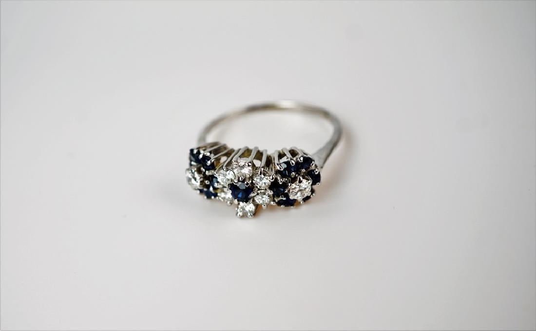 14K WHITE GOLD DIAMOND & SAPPHIRE FASHION RING