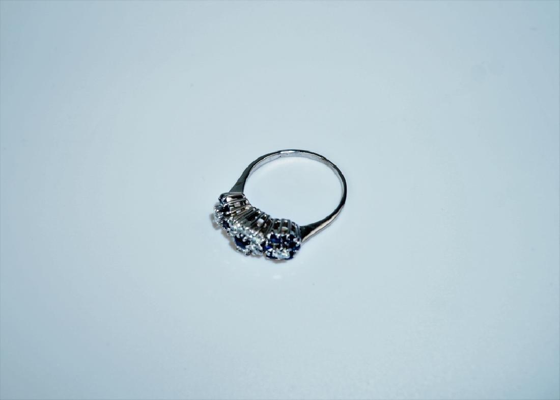 14K WHITE GOLD DIAMOND & SAPPHIRE FASHION RING - 3