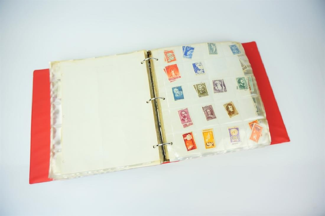 ALBUM OF 2000+ ASSORTED ROMANIAN STAMPS