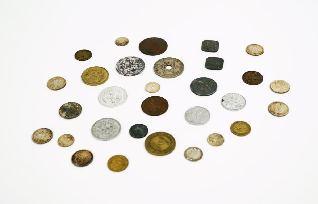 ASSORTED VINTAGE FOREGIN COINS & CURRENCY - 5