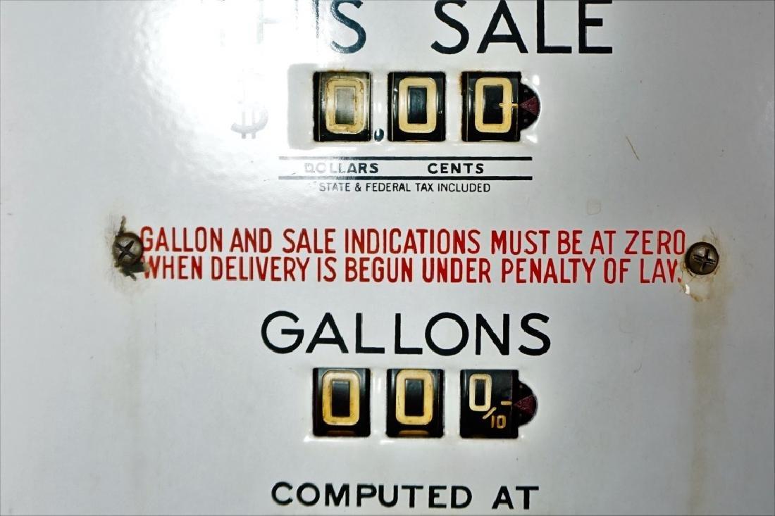 GILBORCO CALCO-METER GAS PUMP - 9