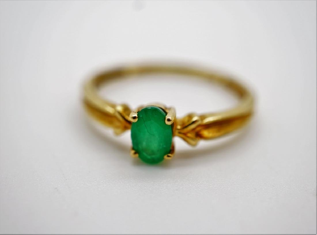 10K YELLOW GOLD & EMERALD RING - 5