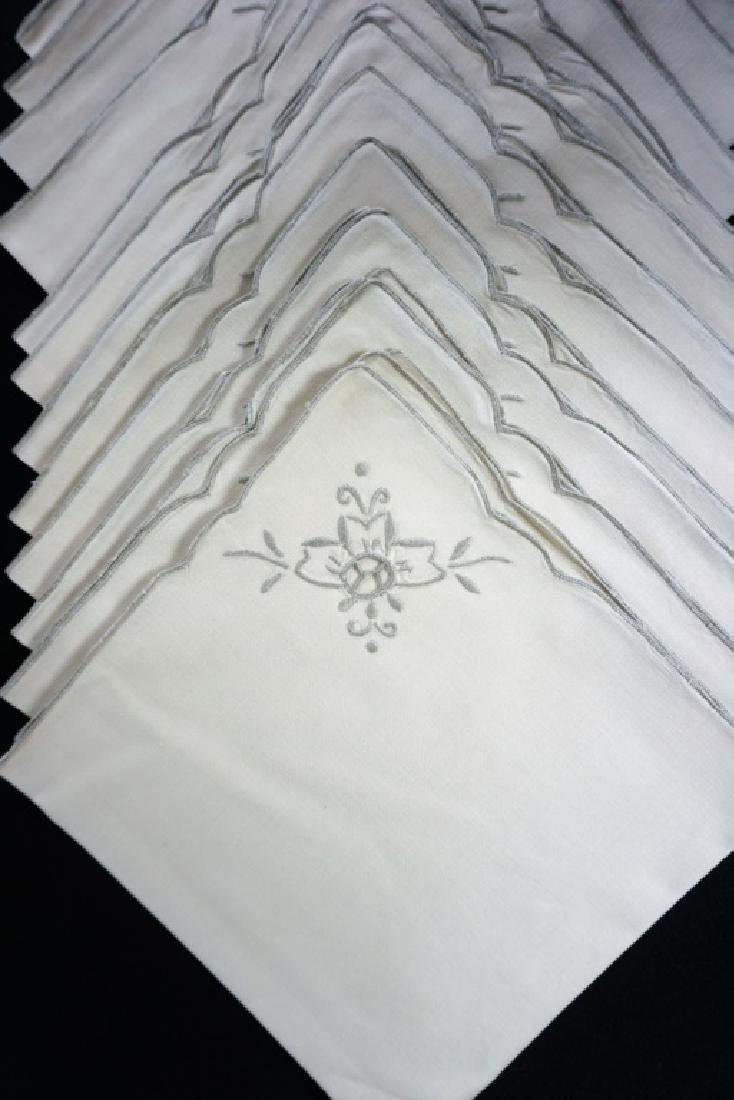 OPENWORK EMBROIDERED TABLE CLOTH & NAPKINS - 6
