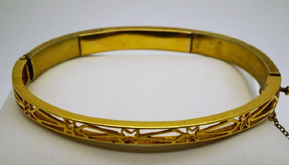 14K YELLOW GOLD & GARNET CUFF BRACELET - 3