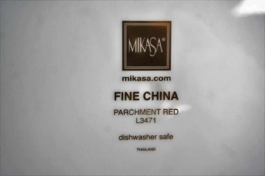 60pc MIKASA PARCHMENT RED L3471 5pc SVC FOR 12 - 3