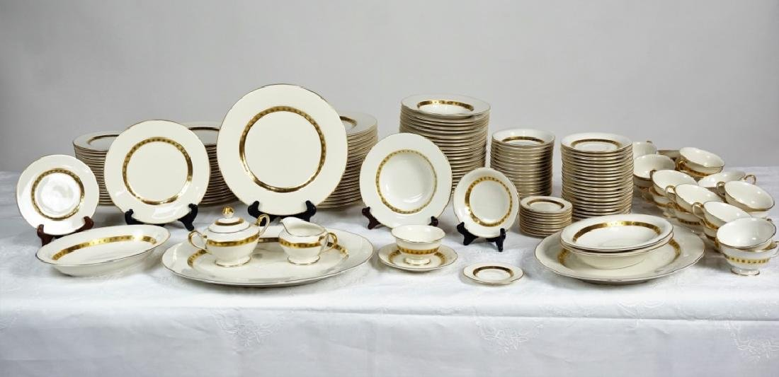 """153pc CASTLETON CHINA """"GOLDEN CLASSIC"""" SVC FOR 18"""