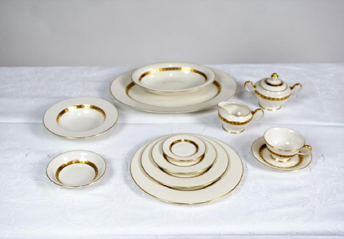 """153pc CASTLETON CHINA """"GOLDEN CLASSIC"""" SVC FOR 18 - 3"""