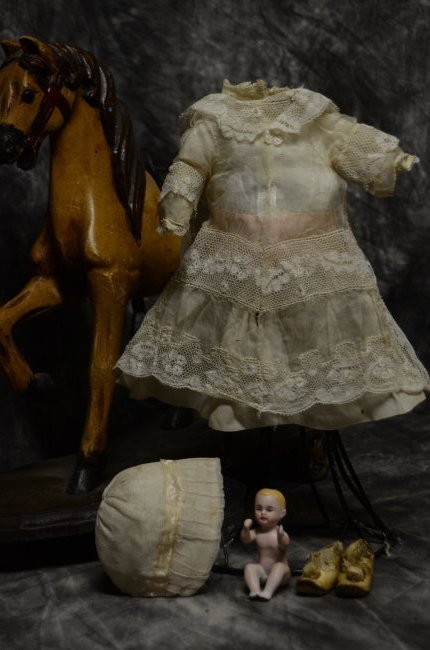 ANTIQUE VINTAGE BISQUE GERMAN FRENCH DOLL CLOTHING 4/20