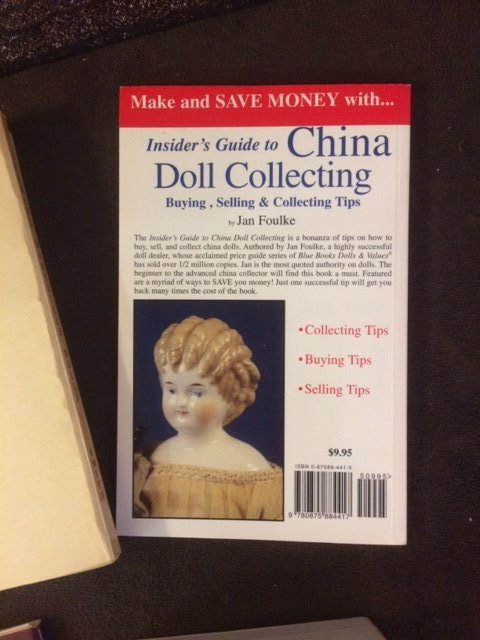 LOT OF 8 COLLECTIBLE DOLL BOOKS - 3