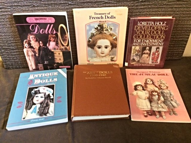 LOT OF 6 COLLECTIBLE DOLL BOOKS